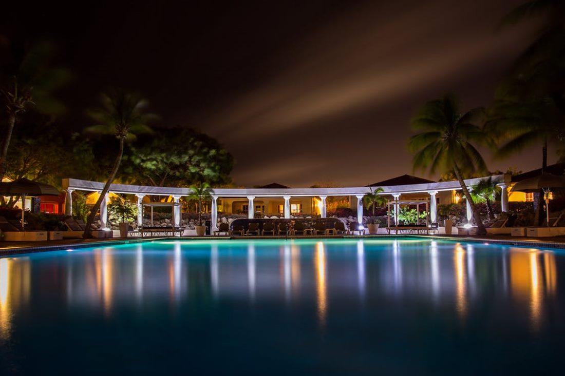 night-dark-hotel-luxury.jpg